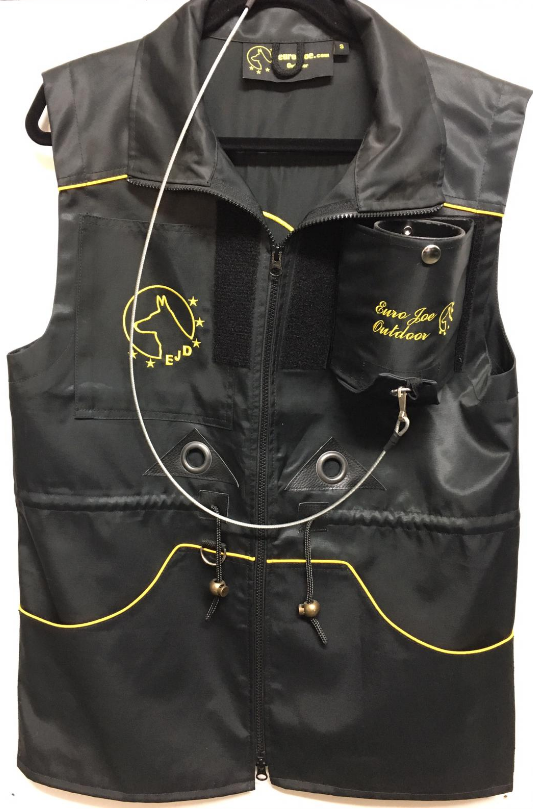 Euro Joe Training Vest With Ball Dropper